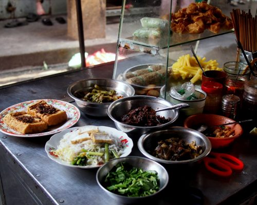 How do you eat abroad?